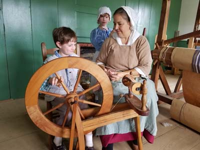 Fort Western Spinning Wheel